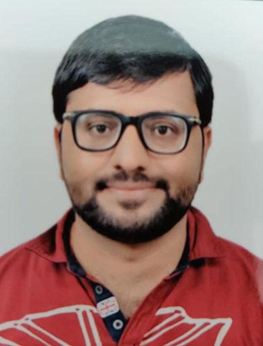 Dr. Amit Purswani