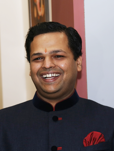 Dr. Vivek Kothari